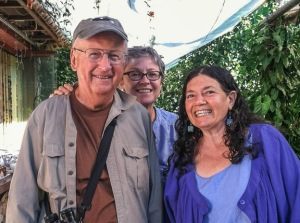 Treasurer Fred Schroeder, Gail Hull, 'Detectives de Pajaros' Teacher Roni Chernin. Photo by Jean Schroeder